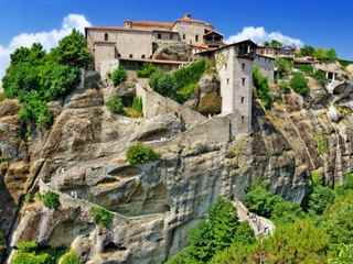 Guided Tour to Meteora from Corfu